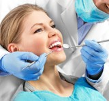 Logo firmy Centrum stomatologiczne ESTOMEDICA