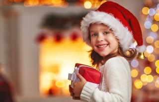 Co kupić dziewczynce na prezent pod choinkę?