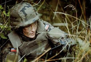 Dlaczego współczesne kobiety decydują się iść od wojska?