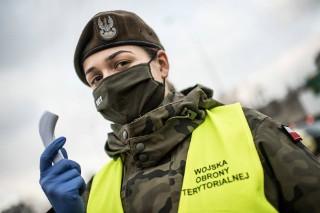 Jak kobiety naprawdę radzą sobie w wojsku?