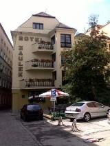 Logo firmy Hotel Zaułek***