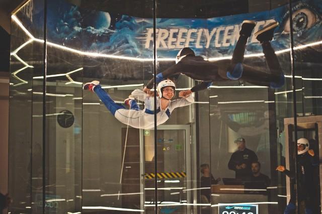 Lot w tunelu aerodynamicznym FreeFlyCenter (Leszno) - Wt-pt, 1 osoba, 1 min