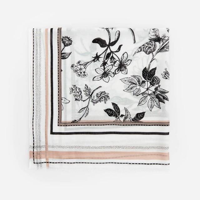 Reserved - Szal z kwiatowym wzorem - Beżowy