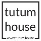 Logo firmy tutum house Biuro Nieruchomości