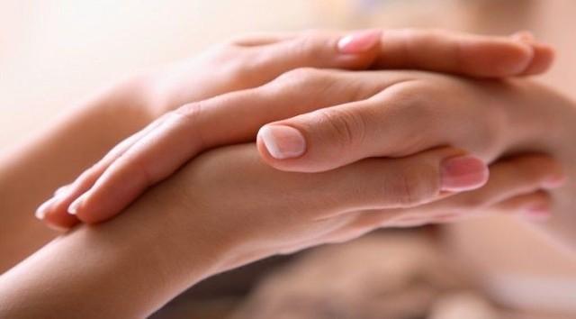 Manicure i pedicure: SPA dla dłoni i stóp - Wałbrzych (Centrum Medical SPA)