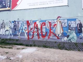 Kraków. Piękny mural zniszczony przez idiotę