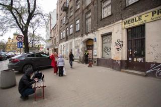 Osiedla grozy w Warszawie. Tam wciąż można dostać za nic