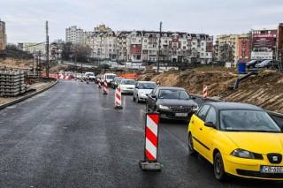Rekordowy budżet Krakowa przyjęty. Będzie program naprawy dróg