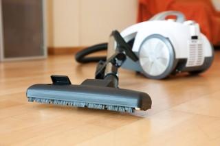 Jak sprzątać dom, gdy mieszka w nim alergik? Poznaj 6 zasad!
