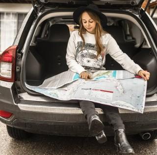 Jedziesz samochodem za granicę? Te przepisy drogowe mogą Cię zaskoczyć
