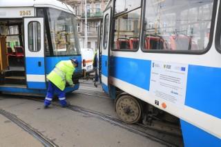Tajna instrukcja: tramwaje we Wrocławiu mają zwolnić do 10 km/h