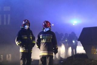 Pożar w Browarze Mieszczańskim. Pół nocy szukali ludzi
