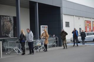Godziny otwarcia sklepów w Żarach, Żaganiu, Szprotawie