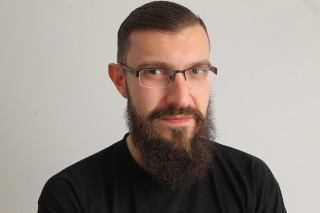 Autorem tekstu jest Błażej Dąbkowski