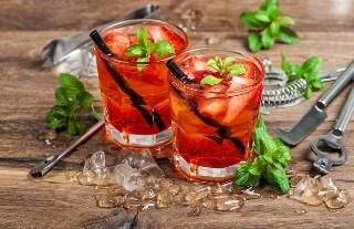 Jaki z ciebie barman? Potrafisz zmiksować te słynne drinki?