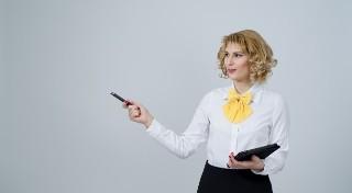 Znasz zasady dobrego wychowania w... pracy? Na tym wykłada się każdy!
