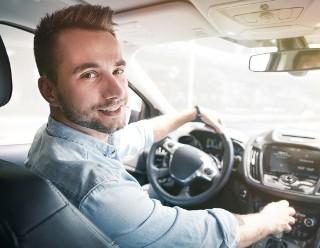 Zanim ruszysz z miejsca musisz...? Pytania z testu na prawo jazdy